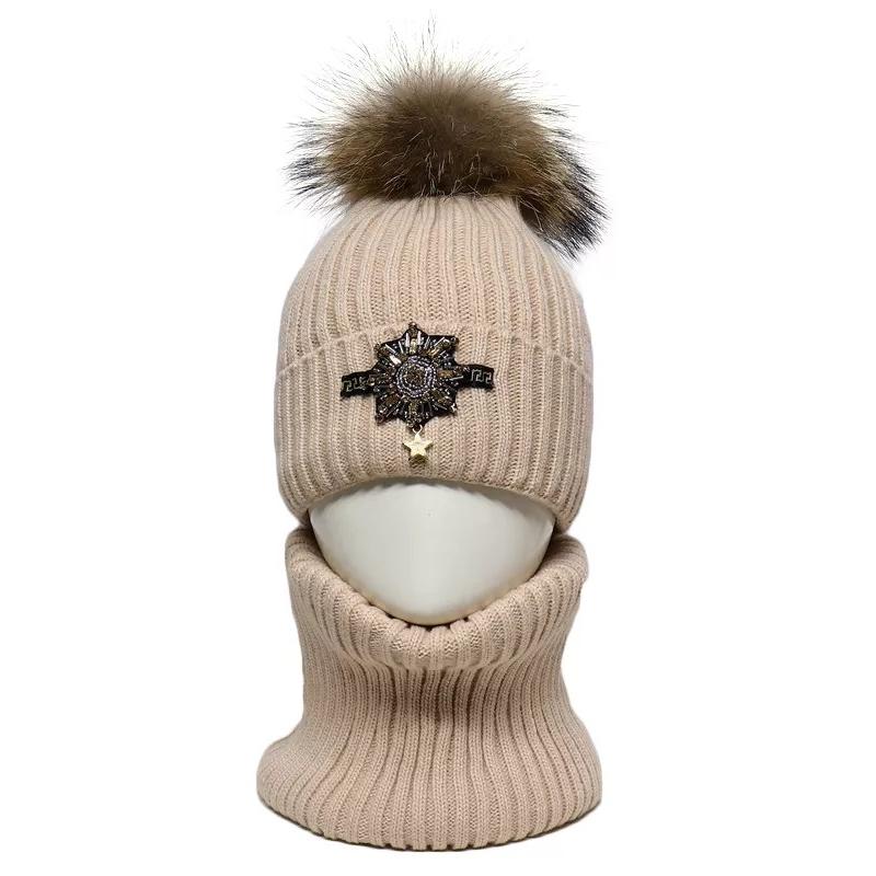 Шапка зимняя для девочки, комплект со снудом, мех 19/123 Pompona 52-54(р)